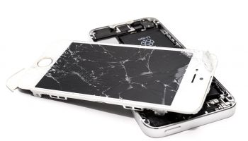 How much does it cost to fix an iPhone screen?