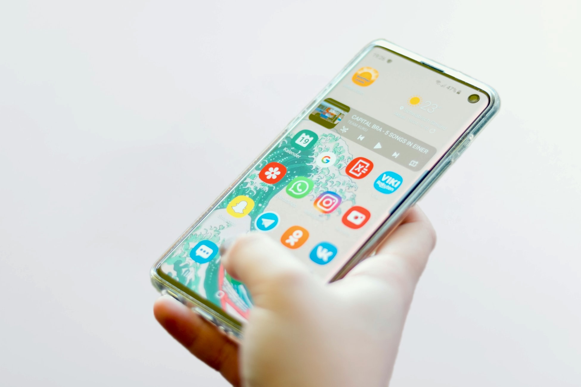 Is the Galaxy S10 worth buying in 2021?
